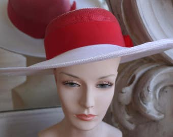 Red & White Wide Brimmed Straw Hat
