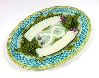 French Vintage Majolica Asparagus Server in Fine Condition