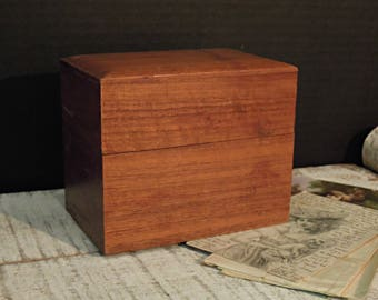 Vintage Wood Card File Box / Recipe Box / Index Box / Wood Box