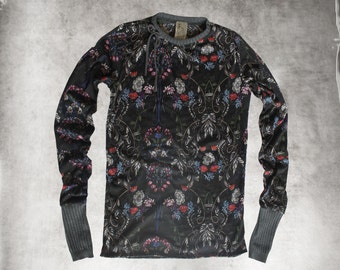 Black sweater top/knit floral print/extra long sleeves/crew neck shirt