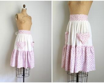 1940s violet ditsy floral print apron - vintage 40s fancy apron / Alice costume - tea party apron / Sweet Kawaii - pastel calico apron