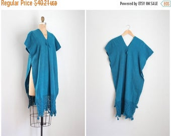 25% SALE / handwoven wool blanket cape with fringe - teal wool cape / hand woven hippie textile - vintage wool pullover shawl / woven blanke
