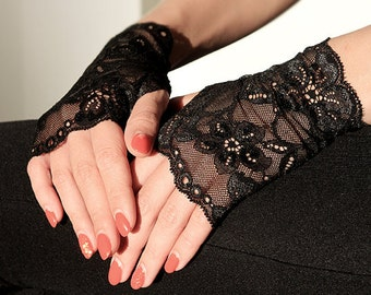 Lace  Gloves in Black , stretch lace, fingerless lace gloves, Bride, bridesmaid, gift for her.  Ready to ship.