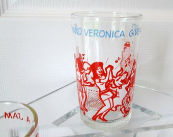Vintage Betty & Veronica Glass - Archie Comic Books 1973 - Party, Retro Fashion, Dancing, Music, Archie - Betty and Veronica Give a Party