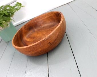 Dinner Time.. Vintage Wood Bowl,  Home Decor, Kitchen Decor, Fruit Bowl, Salad Bowl