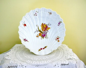 Antique Porcelain Shell Shaped China Dish Bowl Flower Floral Decoration