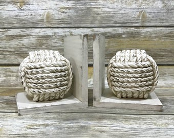 Beach Decor//Knot Bookends//Coastal Decor//Nautical Rope Knots Book Ends//Available in a Variety of Colors//Birthday Gift//Wedding Gift
