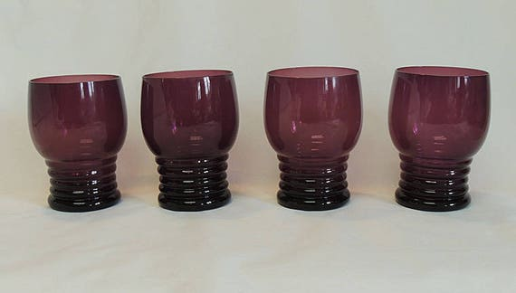 Set Of 4 Vintage Amethyst Glass Tumblers.. Stacked Bands Ring Rib Pattern (Lot #2)