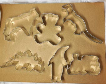 Great Vintage KIDS Party Cookie Cutters 6 Dinosaurs Bear Train Cow Penguin Fun Sturdy Tin Baking Display Chef Decor