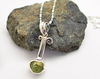 Raw peridot pendant, Sterling silver peridot necklace ,raw green stone jewelry, handmade delicate pendant, silver and gold gift for her