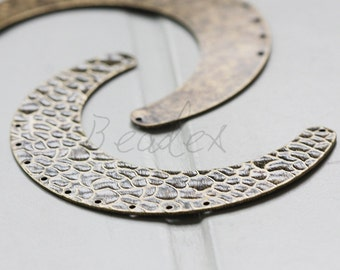One Piece / Antique Brass / Brass Base / Hammered / Crescent / Geometry / Link (C3081//A548)