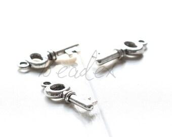 30 Pieces / Oxidized Silver Tone / Base Metal / Charms / Key 21x8mm (Y1991//B60)