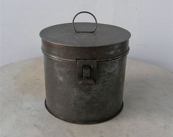VINTAGE TIN CANISTER American Round Tin Box Kitchen Container Loop Handle Front Latch Lock Gunmetal Gray American Primitive 1880-1910's
