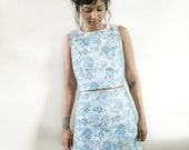 20% OFF SALE VTG Blouse and Skirt Set / Co-ord Sleeveless / Shiny Blue Floral Two Piece Set / Womens Asian Xs/S Shiny Blue Metallic Fitted