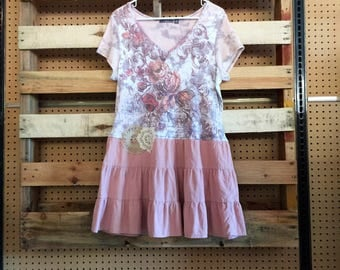 Upcycled Pink Shabby Chic Dress , Vintage T-Shirt Dress , Romantic Upcycled Summer Dress , size Large