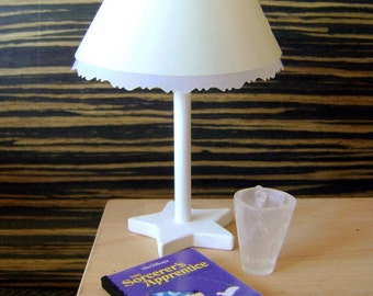 Lampe d'appoint pour diorama taille BJD