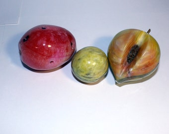Marble Stone Fruits, Vintage Marble Peach, Strawberry, Alabaster Marble Fruits