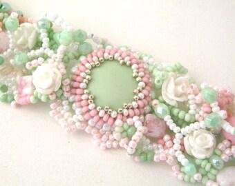 Summer bracelet, Beaded cuff bracelet, Pastel bracelet, Beaded jewelry, Gift for women, Ready to ship gift Mint and pink bracelet