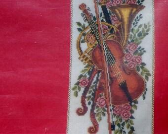 Eva Rosenstand Clara Waever VIOLIN & FRENCH HORN Bellpull Counted Cross Stitch Kit