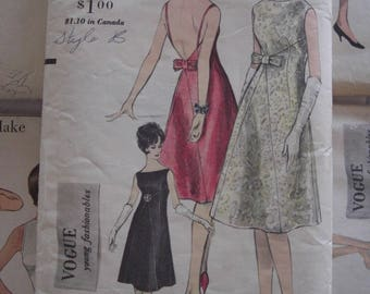 Vintage Sewing Pattern 1960s Vogue Formal Fancy Backless Dress