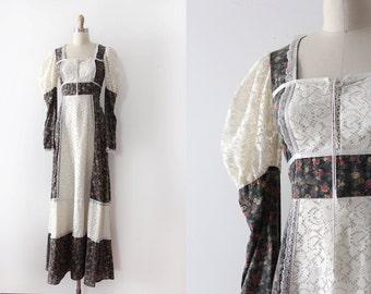 vintage 1970s Gunne Sax dress  // 70s novelty birds prairie style gown