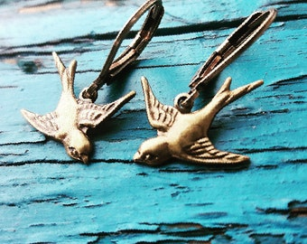 30% off Brass sparrow Earrings