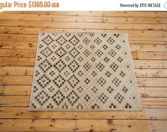 10% OFF RUG SALE Discounted 4x4 Distressed Sparta Square Rug