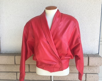 Vintage 80's Cropped Red Leather Biker Jacket w/Batwing Sleeves Size Small