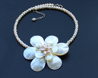 Natural Freshwater Pearl shell Flower Necklace  sister gift, friend gift, mothers gift, wedding gift Statement Necklace