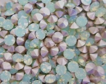 Swarovski 1028 Chrysolite Opal Foiled 24ss Crystal Chatons