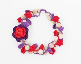 Red purple necklace Floral jewelry Chunky wooden necklace with crochet flowers, leaves Statement handcrafted jewelry Summer fashion Fall