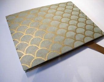 Art Deco Guest Book: Mint Green and Metallic Gold Romantic Wedding Guest Book Journal Notebook