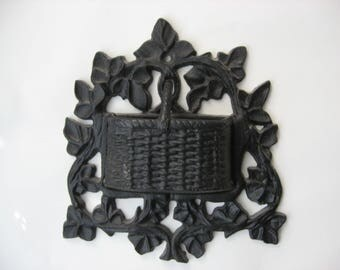 Vintage Cast Iron Wall Pocket Kitchen Fire Place Match Holder//Basket Weave Ivy Design//Many Uses/Kitchen/Fire Place//Collectible