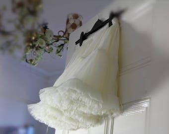 TUTU tulle WHITE petticoat underskirt slip ruffles dance ballerina frilly underskirt flowergirl gothic ROMANTIC wedding Bridesmaid steampunk