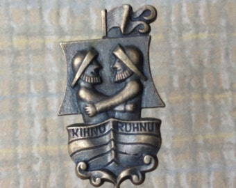 """Vintage Estonian badge,pin. ''Kihnu-Ruhnu""""'."""