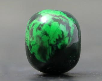 Maw Sit Sit Jade Beautiful Green and Black Rare Gemstone, Burma (CA8525)