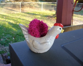 Handpainted Plain Chicken Scrubbie Holder