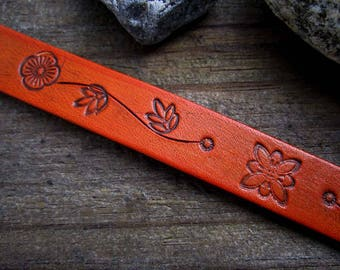 Floral Bracelet 8 inch - Hand tooled Leather Cuff Bracelet - Tooled Leather Bracelet