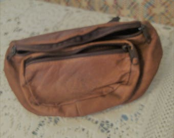 Cinnamon Brown Leather Fanny Pack with DZ or D2 on it,
