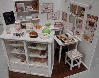 Dollhouse shabby café OOAK Doll diorama 1:12 scale (also Lati yellow,middle blythe, pulip)