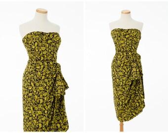Vintage Hawaiian Dress // Bold 1950s 40s Black Yellow Strapless Sarong Dress Small Extra Small