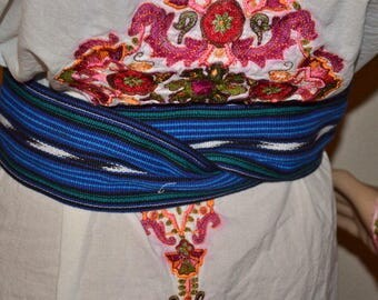 Vintage hand  woven and embroidered belt made in Guatemala Tribal  hippie hobo Size S/M Mexican dance costume belt