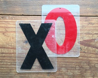 """6 3/4"""" vintage letter X and O, marquee letters plastic, MCM vintage sign, hugs and kisses"""