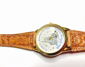Walt Disney Watch, 25th anniversary, vintage Collectors, Leather Band, Clearance Sale, Item No. B200