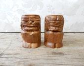 Tiki, Wood salt and pepper shaker 1970's, funny, carved