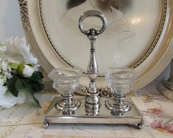Anique, vintage French superb silver plate salt and pepper holder.