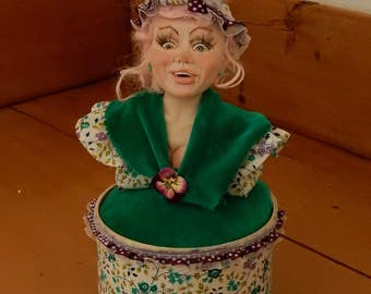 DOLLY PARTY a polymerbust on a pincushion