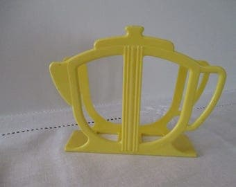 Teapot Napkin Holder - 1950's Napkin Holder - Yellow Plastic Napkin Holder - Retro Napkin Holder