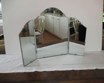 Vintage Tri-fold Vanity Mirror - Retro Tri-Fold Mirror - Vintage Dressing Table Mirror