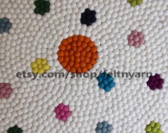 On sale: White flower felt ball rug, round felt ball rug, free delivery, nursery rug, kid's room rug, handmade rug,Nepal felt ball rug